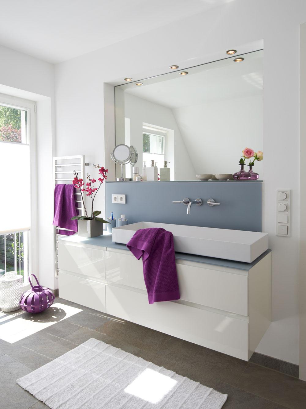 villa im landhausstil. Black Bedroom Furniture Sets. Home Design Ideas